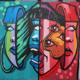 drei Mädchen in Scheiben