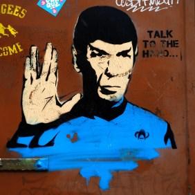 Spok spricht: Talk to the hand