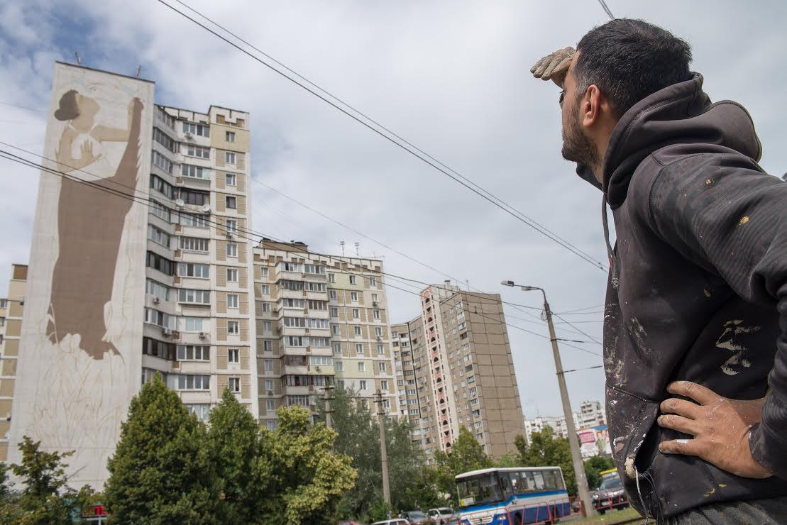 Fikos in Kiev Ukraine - Photo by Maksim Belousov (3)