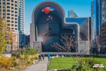 Mehdi Ghadyanloo's First Mural in the USA