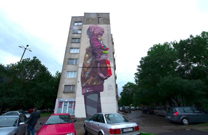 Suprise By ETAM CRU, Project Soulds In Walls at Urban Creatures in Sofia, Bulgaria. Photo by Simon Varsano