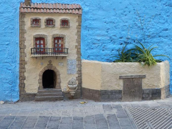 Street Art in Valencia, Spain 34974