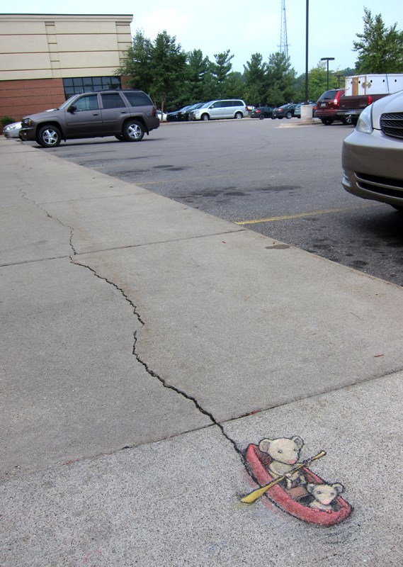 Chalk Art by David Zinn in Michigan, USA 397380