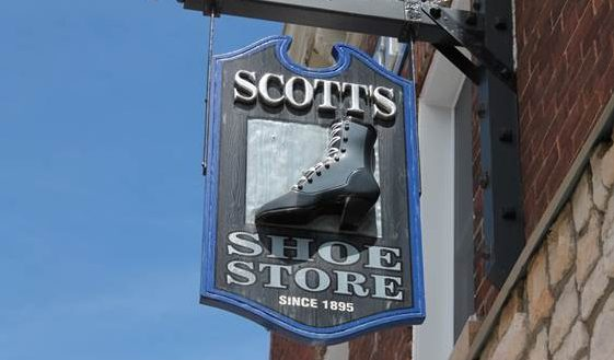 Scotts Shoes on Raglawn in Renfrew Ontario