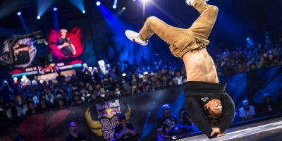 Issei VS Victor   Semifinals   Red Bull BC One World Final 2016