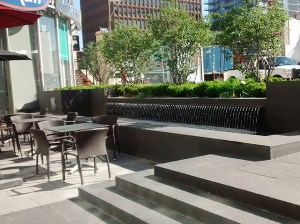 Outdoor café at Yonge Eglinton Centre