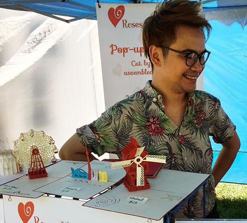 Pup-up art at arts fair