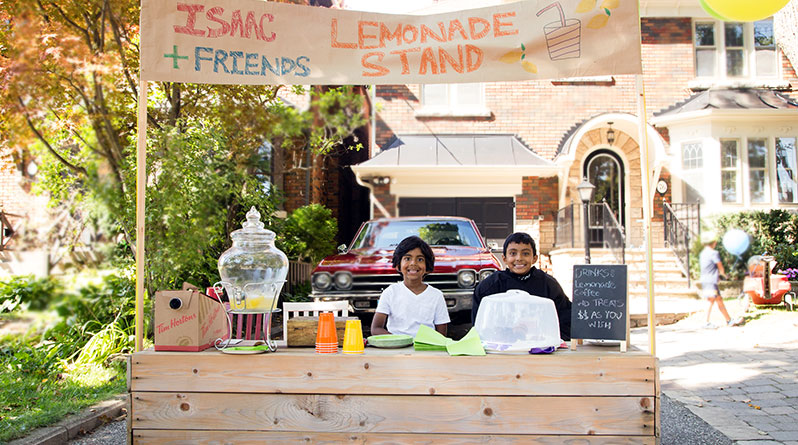 Lemonade stand on Bessborough Drive