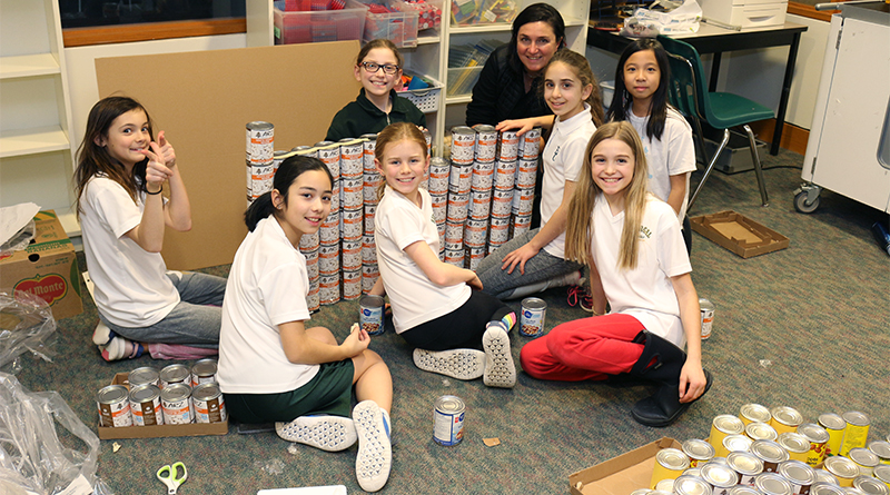 Students with Canstruction project