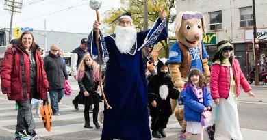 Halloween on Queen parade