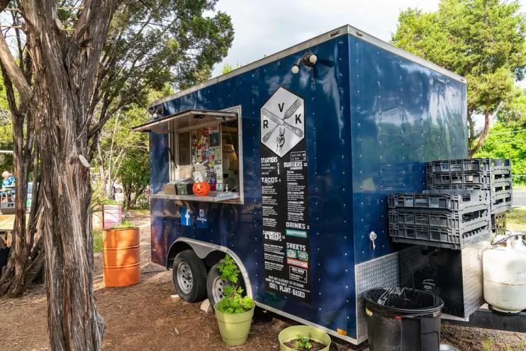 Food Trucks Vs. Food Trailers Vs. Food Stalls: