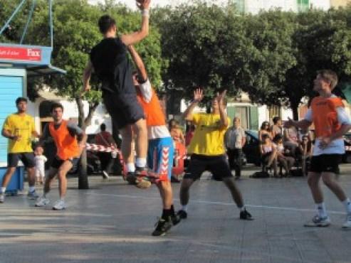 2011 Street Handball Italy Noci 01