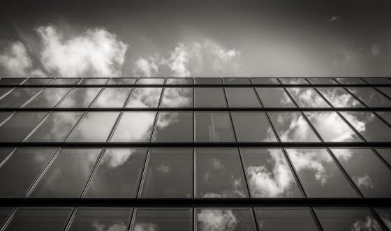 Reflet ou transparence