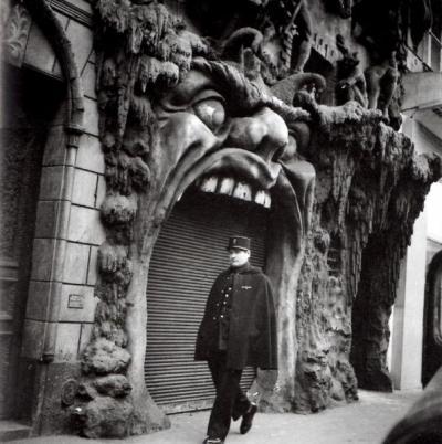 Spot de Doisneau - La porte de l'enfer