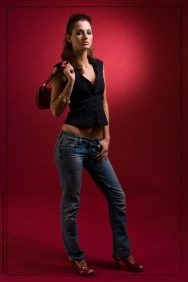 pse_mal9538_posing-in-red_no2_by-marcus-locher