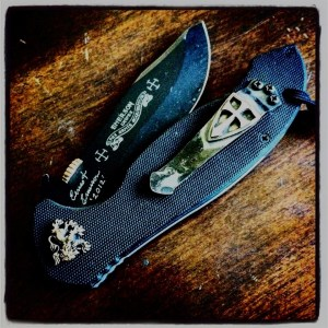 Street Reaper Custom Thumb Disks Knife Gallery 04