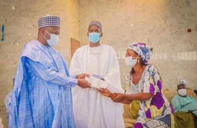 Governor Inuwa Yahaya Flags-off Micro Enterprise Enhancement Scheme (MEES) in Gombe