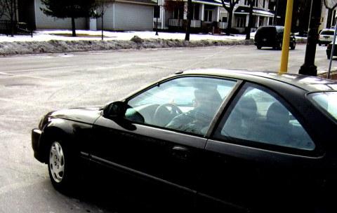 mpls-car-turning-portland-ave