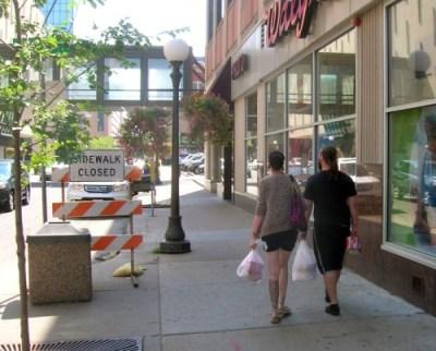 sidewalkclosed45