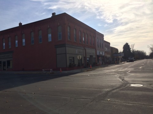 Main Street in Le Sueur south of the pedestrian mall. With cinema and bar.