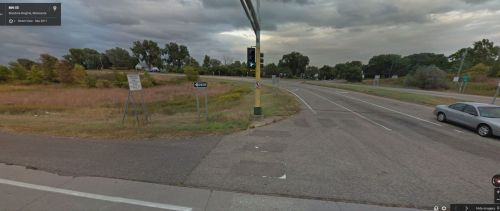 photo of Highway 13 and 55 intersection in Eagan from 2011 without crosswalks