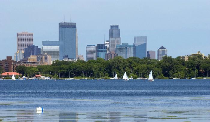 Lake Calhoun in Minneapolis, United States | Utrip