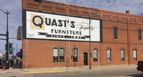 Quast's Furniture. Was the Kouwe Tmey Opera House. (1891)