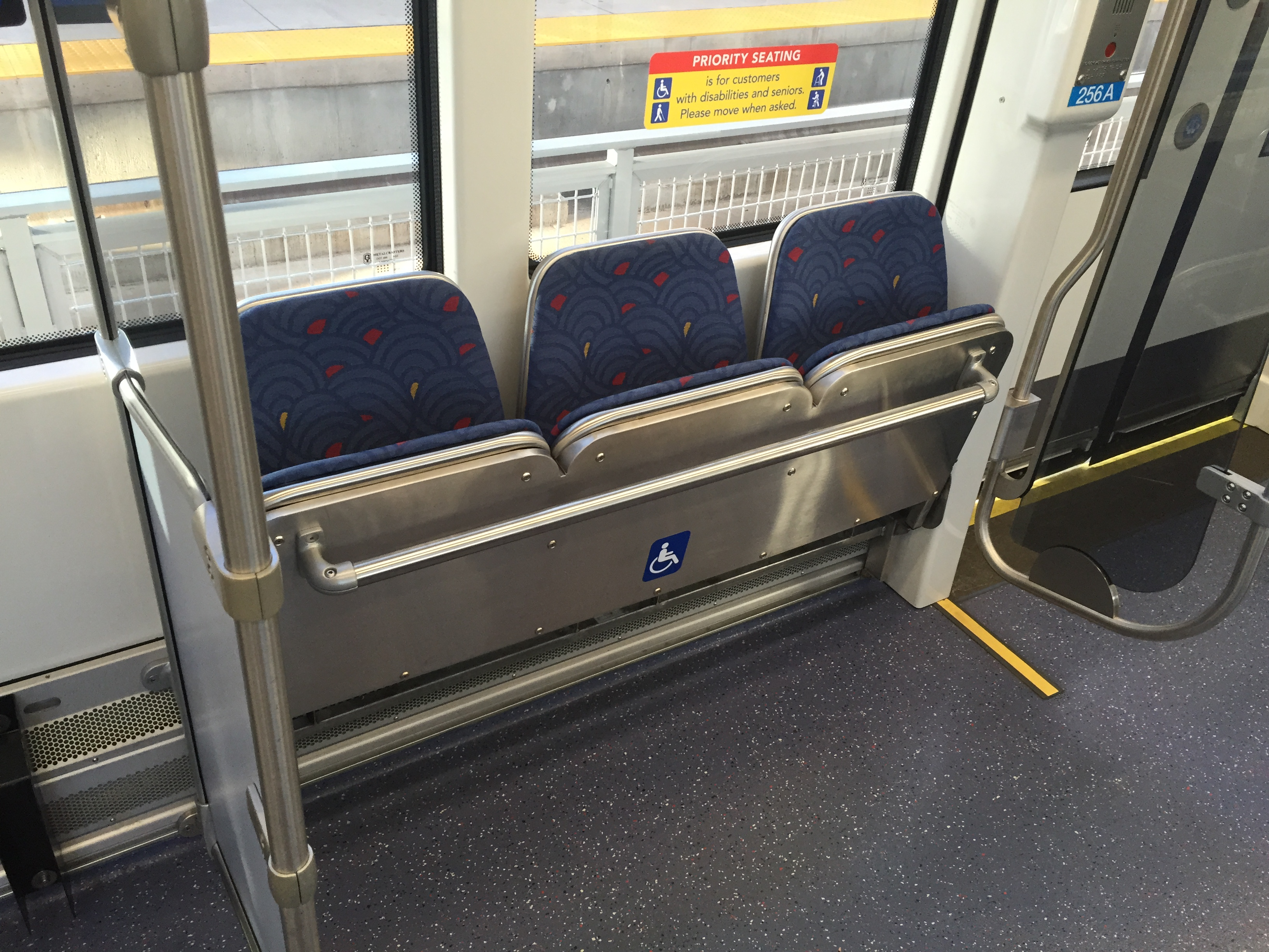 S70 pull down seats