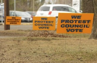 Residents of Lake Elmo are up in arms over the city council decision to fire city manager Dean Zuleger, and lawn signs are popping up on the streets, photographed Monday, March 16, 2015. (Pioneer Press: Scott Takushi)