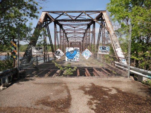 The Old Bridge still waiting for a new life // Image by CC License 2.0