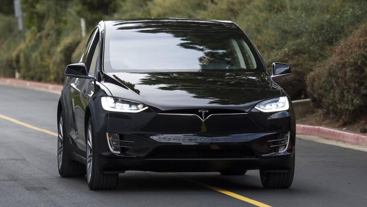 Tesla Model X (Photo: Autoblog)