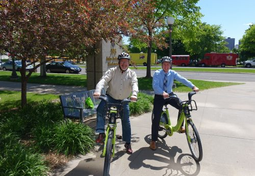 DOT Commissioner Zelle and MPCA Commissioner Stine on Nice Ride bikes