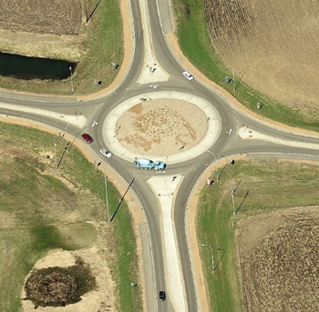 Are Roundabouts Safer for Pedestrians? | streets mn