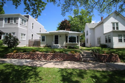 Picture of a one story house in South Minneapolis