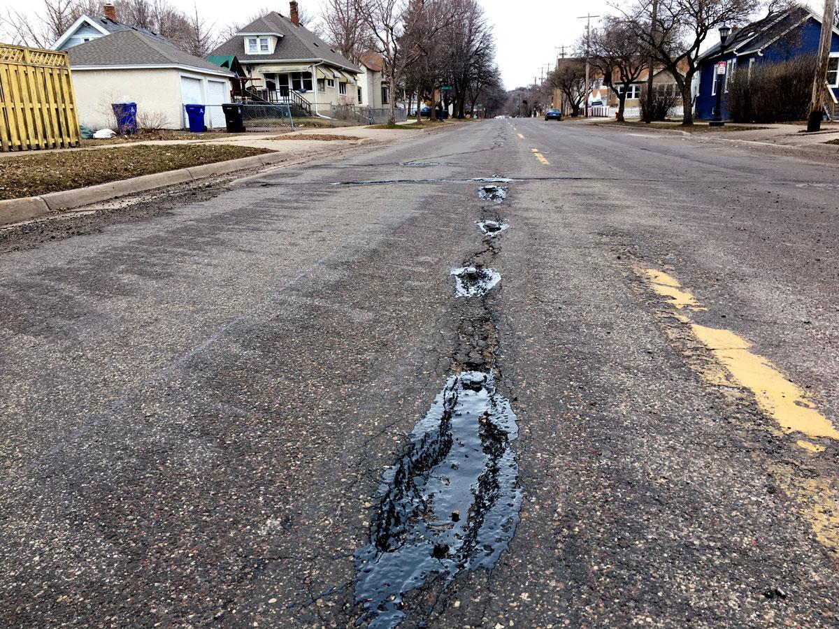 Pothole Victoria Street West End