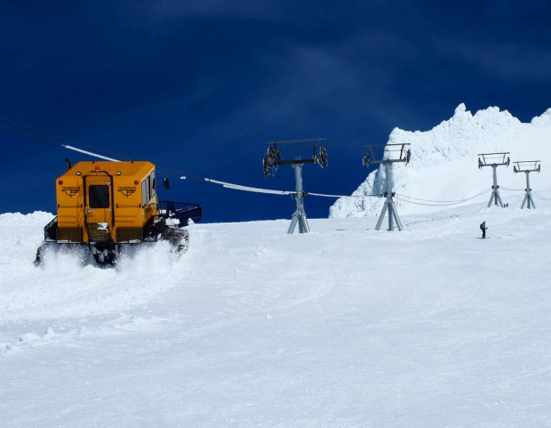 Skiing Mount Hood 08