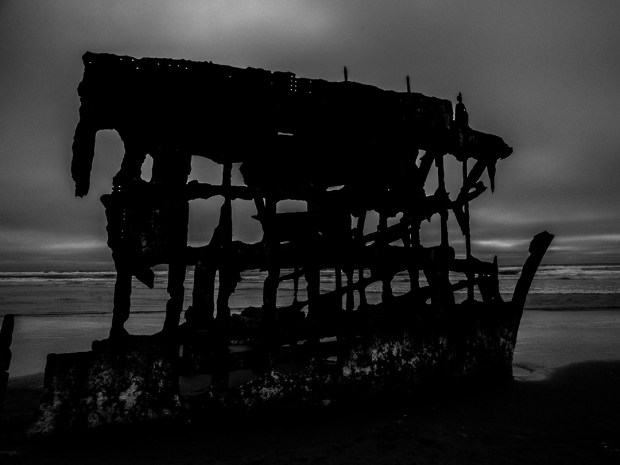 Peter Iredale  1/1250 sec - f/11 - ISO 400 - 12mm