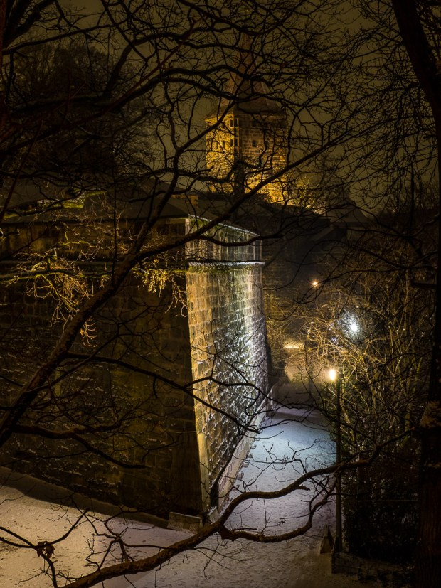 nuremberg old town in winter 01