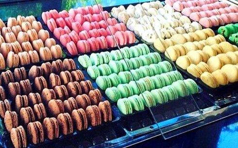 Caramel Macaroons