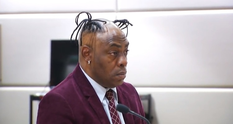 Judge Clowns Coolio's Hairstyle