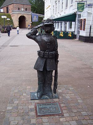 A statue of Mandel Karlsson in Halmstad, Halla...