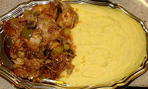 English: Rabbit and Polenta. Italiano: Conigli...