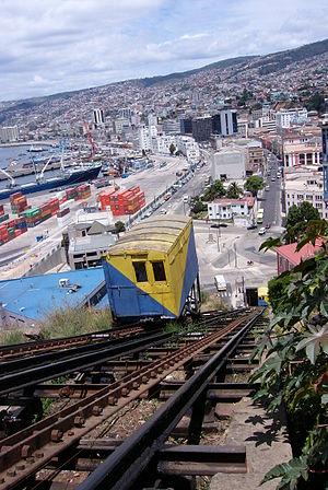 Picture of Valparaiso (Chile), focussing on on...