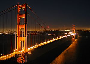 English: Golden Gate Bridge at looking south-s...