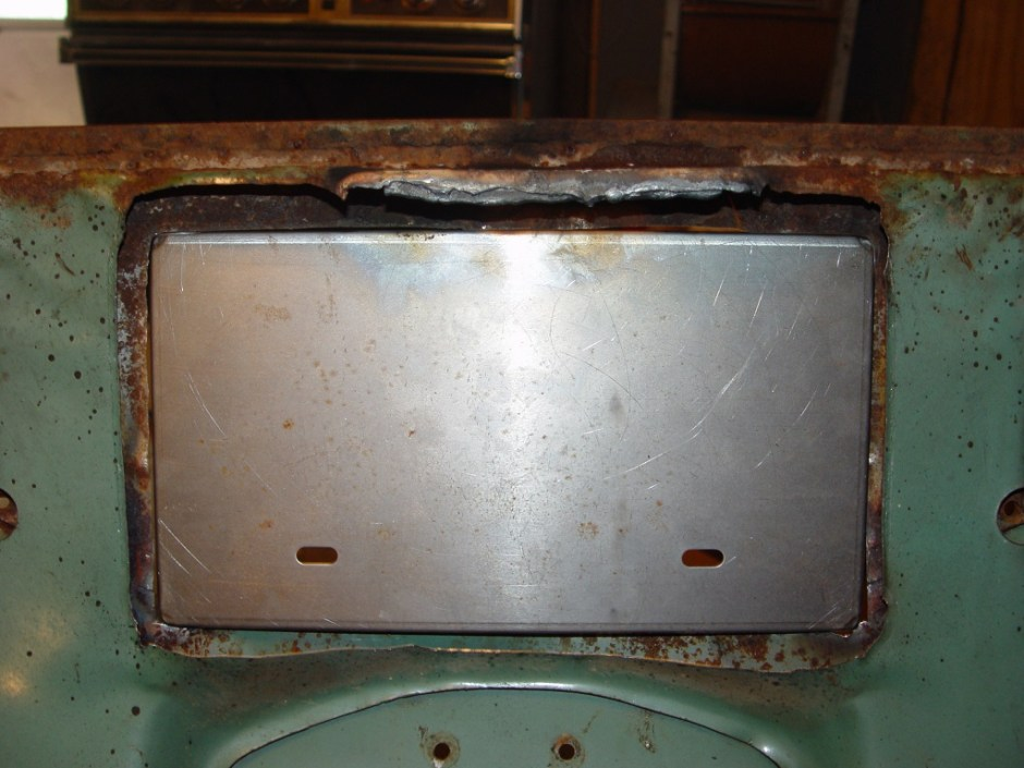 10. The rear structure covering the latch mechanism was cut out in the same manner as before. There was a large plate that needed to be torched though.