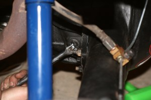 """19.The housing has a 3\8"""" square-drive socket cap for the filler hole. A ratchet or breaker bar fits perfectly."""