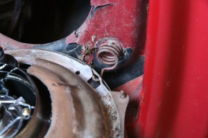 15.We installed the lamp assembly into the truck. Don't forget to hook the spring around the retainer ring.