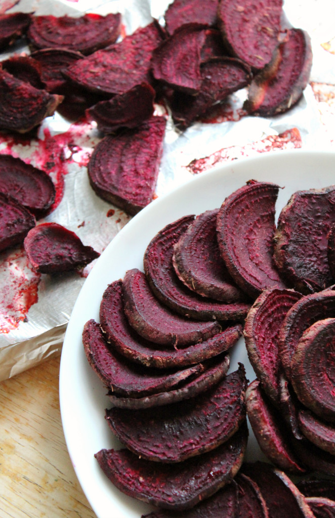 BBQ Beet Fries | Strength and Sunshine @RebeccaGF666 The perfect low-carb baked fry recipe that's gluten-free, vegan, and paleo to fit every dietary need while still being a delicious summer staple!