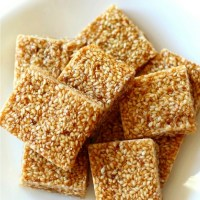 3-Ingredient Sesame Seed Crunch Candy (Gluten-Free)