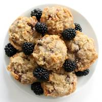 Gluten-Free Blackberry Muffins (Vegan, Allergy-Free)